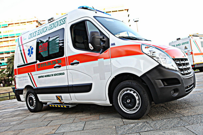 08 Ambulanza Verde 2012 Genova 1